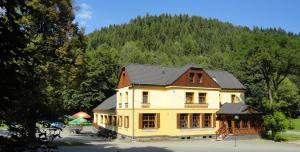 Auberges de jeunesse - Hotel Růžové údolí
