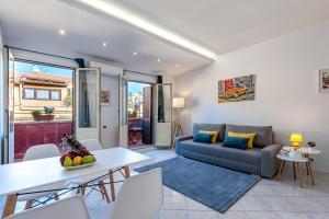 Luxury Penthouse Barberini - Spanish Steps - abcRoma.com