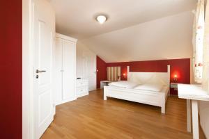 Zum Kirchenwirt, Guest houses  Kellberg - big - 18
