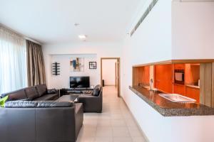 DHH - Aurora Tower 5 Mins walk to JBR, Apartment with Marina View - Dubai