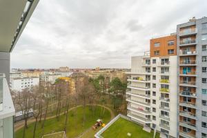 8th floor MK apartment