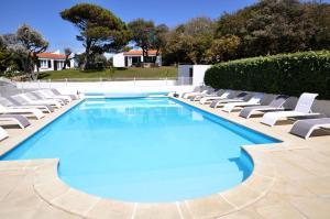Location gîte, chambres d'hotes Résidence de Vacances Les Cariatides dans le département Charente maritime 17