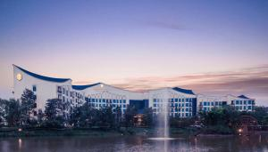 InterContinental Heilong Lake, an IHG hotel