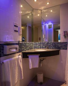 Holiday Inn Express London Stansted Airport (9 of 41)