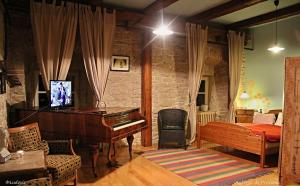 Auberge de Provence - Hotel - Tuchoměřice