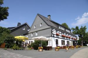 Ferienwohnungen Landgasthof Gilsbach, Ferienwohnungen  Winterberg - big - 1