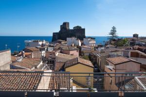 obrázek - La terrazza sul castello di Aci 2