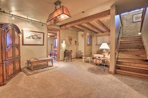 NEW! Luxury Home - 26 Miles to Grand Targhee Ski!, Ferienhäuser  Tetonia - big - 6