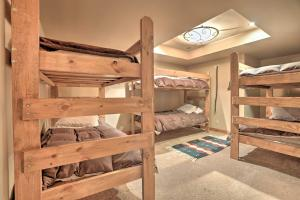NEW! Luxury Home - 26 Miles to Grand Targhee Ski!, Ferienhäuser  Tetonia - big - 28