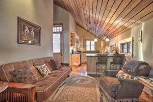 NEW! Luxury Home - 26 Miles to Grand Targhee Ski!, Ferienhäuser  Tetonia - big - 8