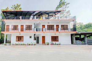 . Natures Park Home Studio in Kushalnagar
