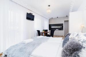 Apartments Cracow Węgierska by Renters