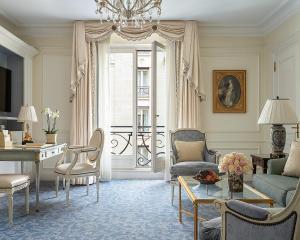 Four Seasons Hotel George V Paris (22 of 69)