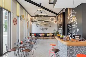 Hampton by Hilton Dubai Al Seef (11 of 45)