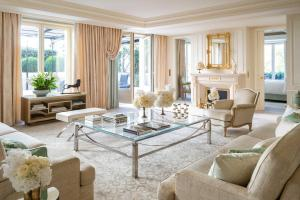 Four Seasons Hotel George V Paris (13 of 69)