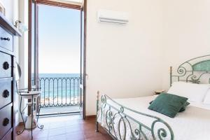 Dimora di Levante con vista mare by Wonderful Ital - AbcAlberghi.com