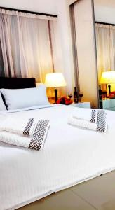 Uptown hotel holiday app daily rental contactless Check In & Check Out