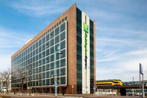 Holiday Inn Express Amsterdam - Sloterdijk Station, an IHG hotel in Amsterdam