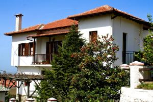 Elatos Country House