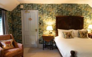 Ockenden Manor Hotel & Spa (11 of 50)