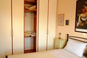 1st floor apartment Perdika Village Aegina Greece