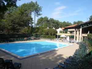 Location gîte, chambres d'hotes Apartment Village Cheval Spa Résidences-6 dans le département Gironde 33