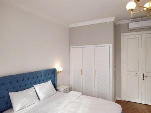 Verna Hotel
