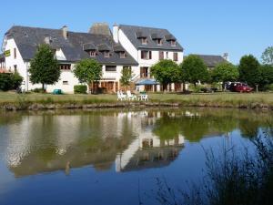 Chambres d'hôtes - Domaine de la Grangeotte - Hotel - Labesserette