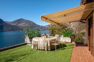 The Terrace on the Lake - AbcAlberghi.com