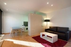 Tamarit Apartments, Apartmány  Barcelona - big - 55