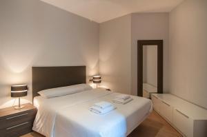 Tamarit Apartments, Apartmanok  Barcelona - big - 47