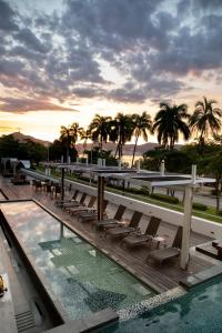 obrázek - Ramada by Wyndham Acapulco Hotel & Suites