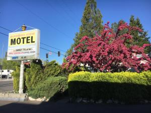 . Diamond View Motel