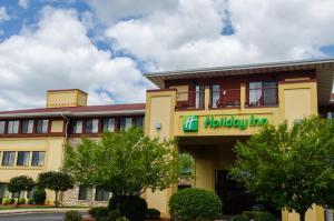 Holiday Inn Hotel Pewaukee-Milwaukee West, an IHG hotel