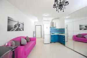 Luxury Sea Front Apartment - AbcAlberghi.com