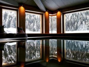 Au Charmant Petit Lac - Ecohotel Parc & Spa - Hotel - Champoluc