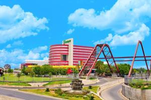 Holiday Inn Monterrey-Parque F..