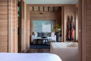 Four Seasons Resort Bora Bora (17 of 69)
