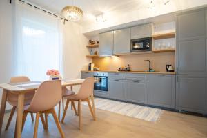 Dream Stay - Brand New Apartment with Balcony & Free Parking, Apartmány  Tallinn - big - 18