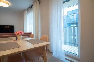 Dream Stay - Brand New Apartment with Balcony & Free Parking, Apartmány  Tallinn - big - 15