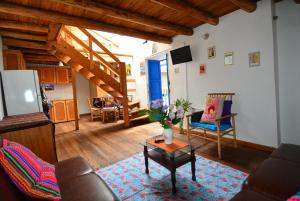 Huts Homestay Historical Center Apartment C-3