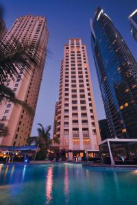 Mövenpick Hotel Jumeirah Beach, Дубай