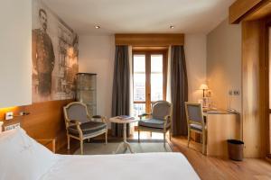 Gran Hotel La Perla (3 of 71)