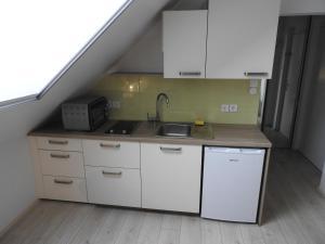 CastleWay Apartment