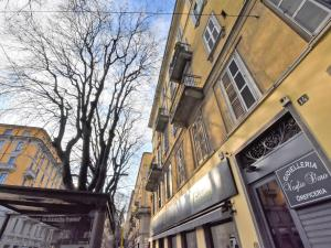 Locazione Turistica Gramsci Studio Apartment - AbcAlberghi.com