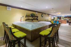 Holiday Inn Resort Montego Bay All Inclusive, Монтего Бей
