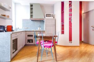 Brera Apartments in San Fermo, Apartmány  Milán - big - 7