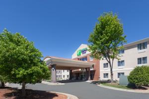 Holiday Inn Express Hotel & Suites Mebane, an IHG Hotel