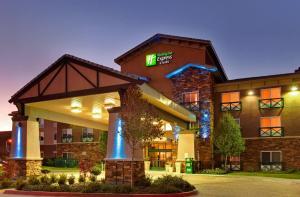 Holiday Inn Express Tehachapi, an IHG Hotel