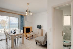 Sugar Blue - Apartment on the beach Achaia Greece